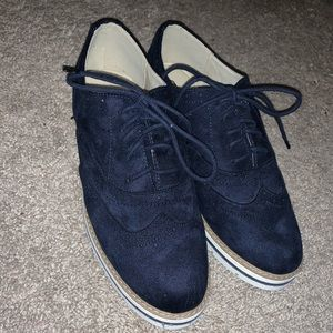 NWOT Soda loafers